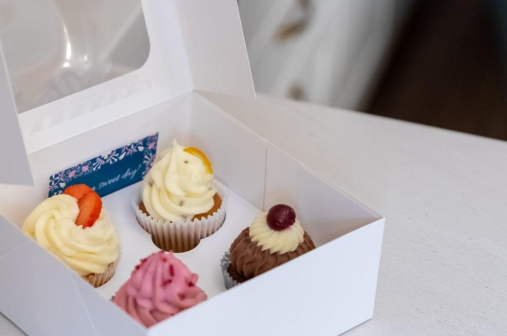 Porcukor Kezmuves Cukraszmuhely Design Torta Cupcake Szeged Webshop Cupcake Box 4 Darabos Kiszereles