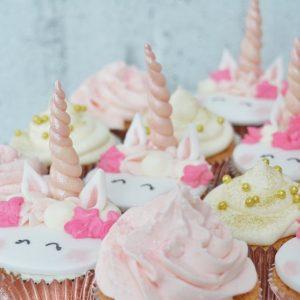 Porcukor Kezmuves Cukraszmuhely Design Torta Cupcake Szeged Webshop Design Cupcake Unikornis